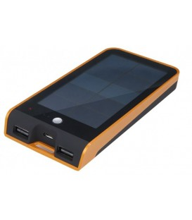 Xtorm Basalt solar charger